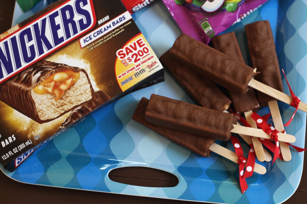 Snickers Ice Cream Bars and Summertime Fun {Brittany's Pantry}